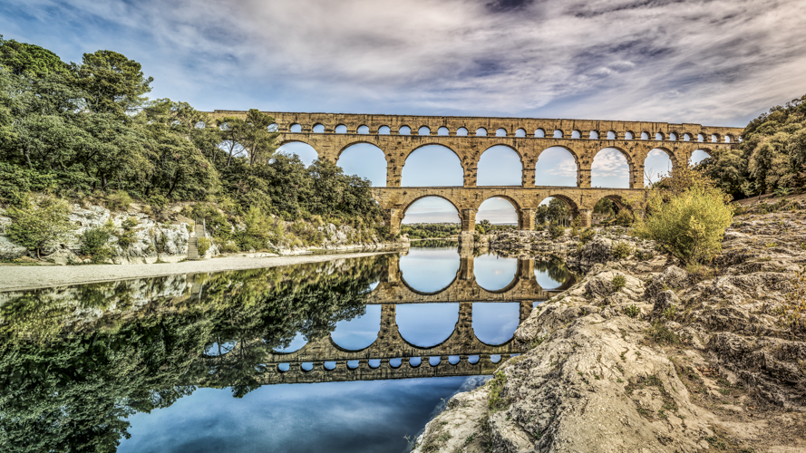 Blog archive pont du gard for Pont du gard architecte